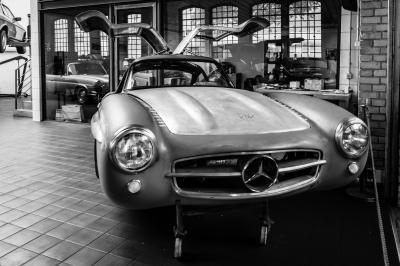 Fototapeta Body Mercedes-Benz 300SL in the restoration workshop of Mercedes-Benz