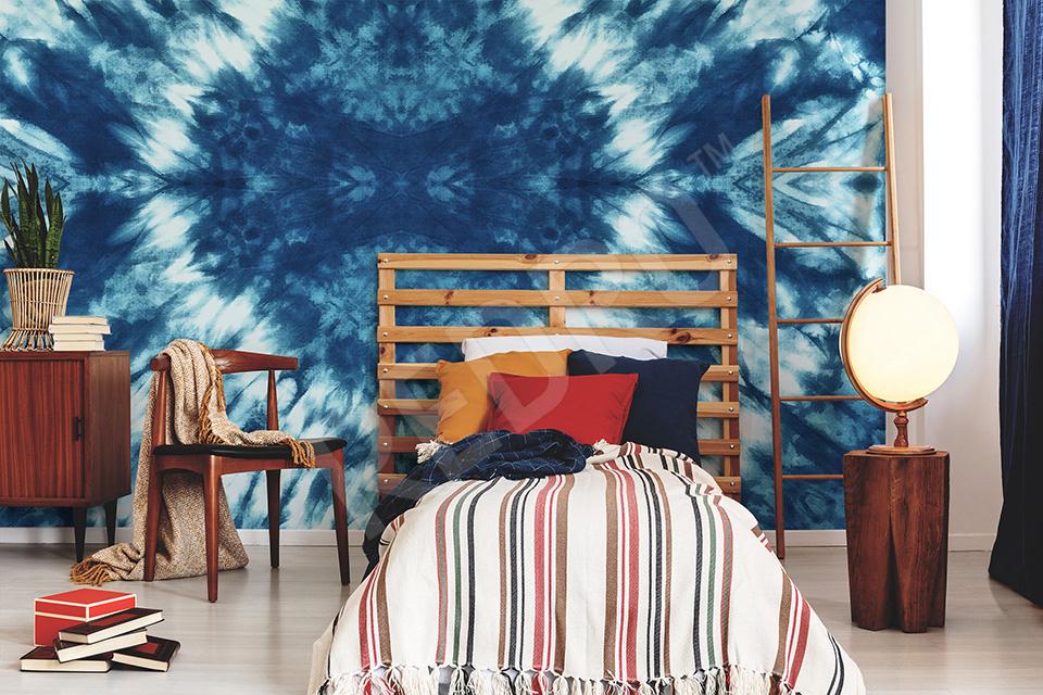 Fototapeta inspirowana tie dye w pokoju nastolatka
