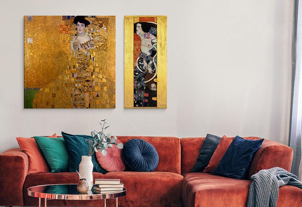 Obrazy Klimta utzymane są w dość bogatej stylistyce