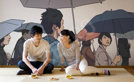 Fototapeta ludzie pod parasolami