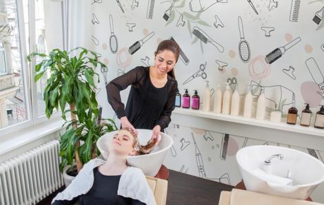 Jasna fototapeta do salonu fryzjerskiego