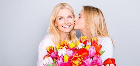 Ciekawy prezent na Dzień Matki? Oto upominki, które ucieszą każdą mamę!
