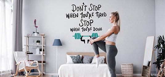 Jak urządzić miejsce do ćwiczeń w domu? Przede wszystkim z głową!