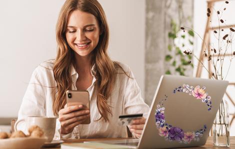 Naklejka na laptopa z kwiatami
