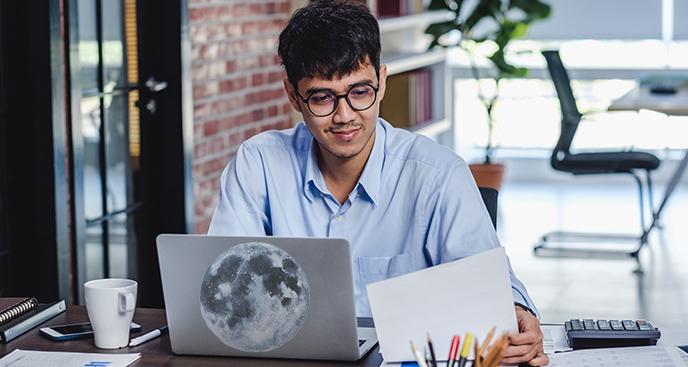 Naklejka z ilustracją Księżyca