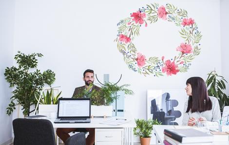 Naklejka z kwiatami do biura
