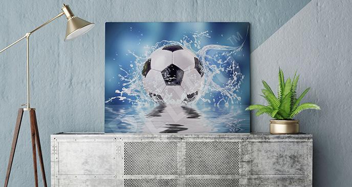 Obraz piłka we wodzie