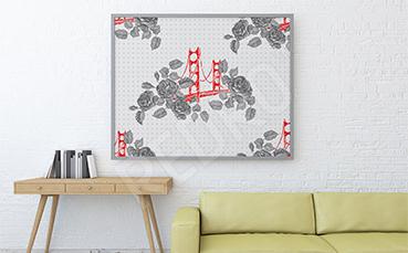 Plakat most opleciony różami