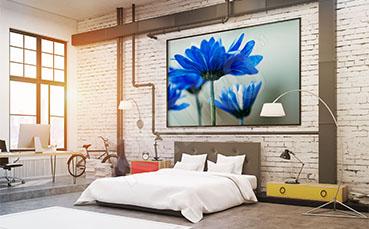 Plakat niebieskie kwiaty do sypialni