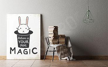 Plakat typografia królik w kapeluszu