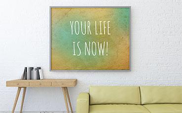 Plakat typografia w salonie