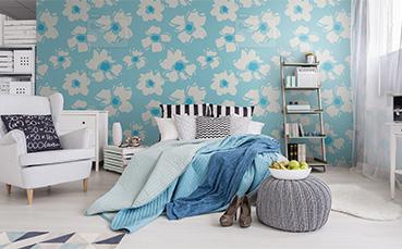 Tapeta białe kwiaty do sypialni
